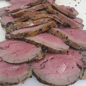 Roast beef affumicato di manzo cotto in BBQ da Gianni Macelàr