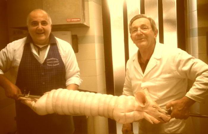Preparazione maialino arrosto con Gianni Macelàr e zio Adriano a Sesto Calende