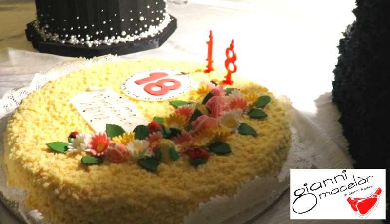 Catering festa 18 anni: torta di compleanno
